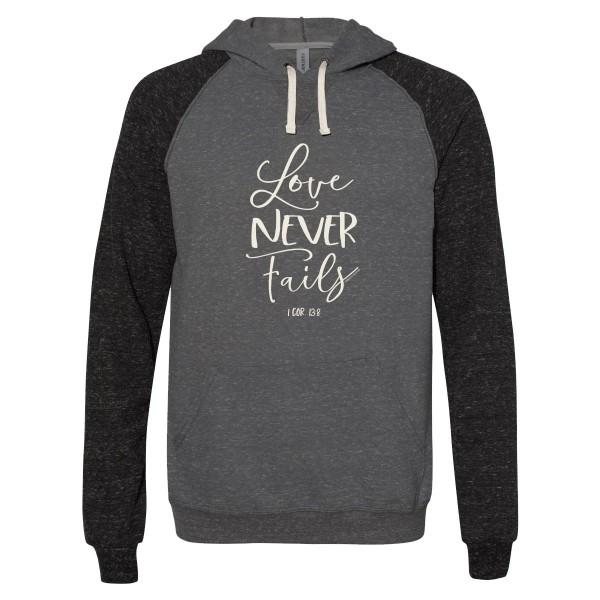 Love Never Fails– grace & truth ® Girlie-Shirt